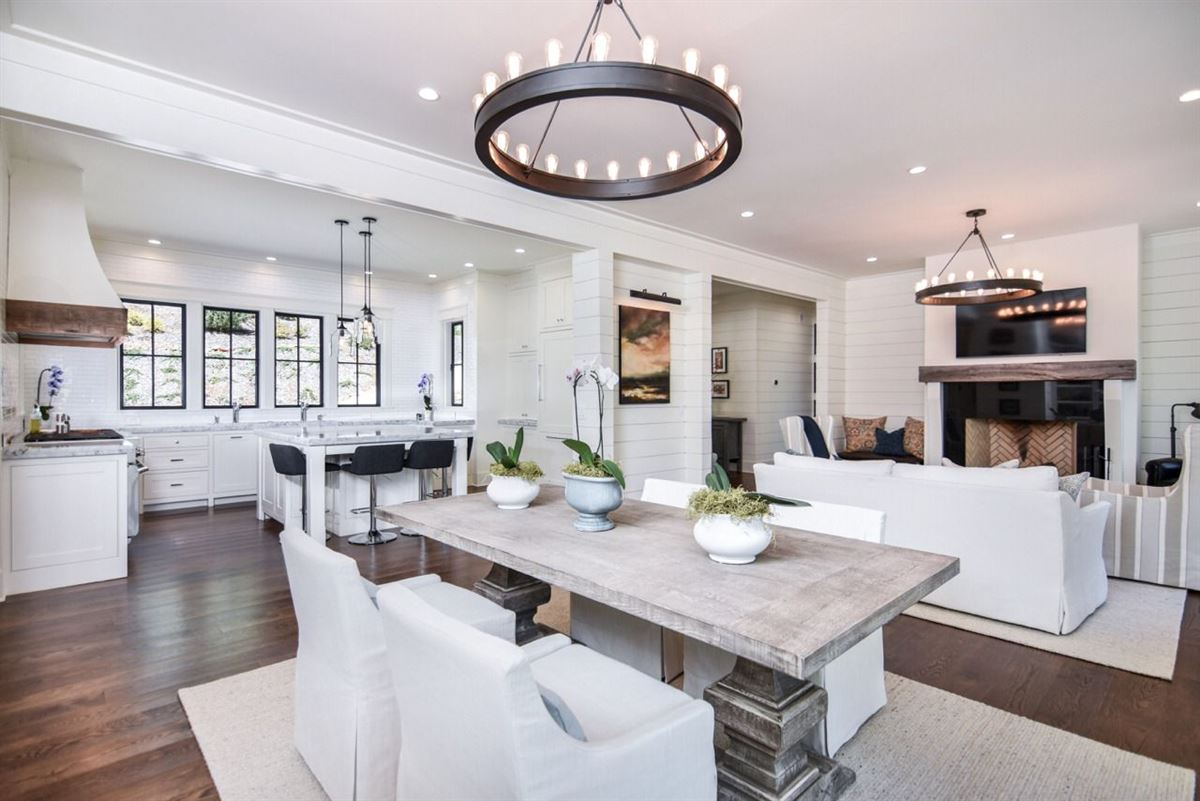 elegant, modern-farmhouse luxury real estate