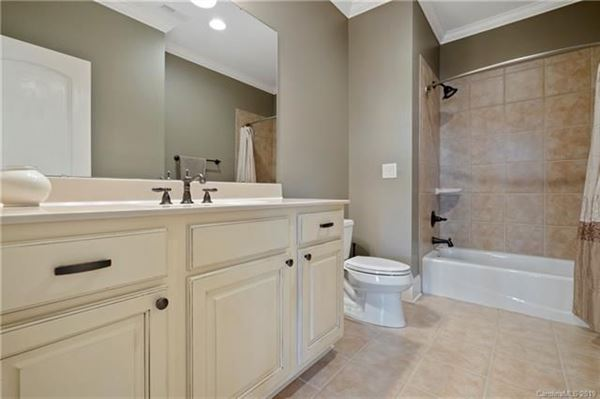 Luxury properties Meticulously Maintained Custom Home