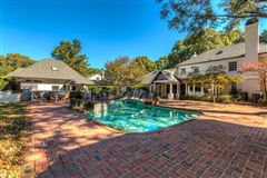 Luxury homes in desirable address in the heart of South Park