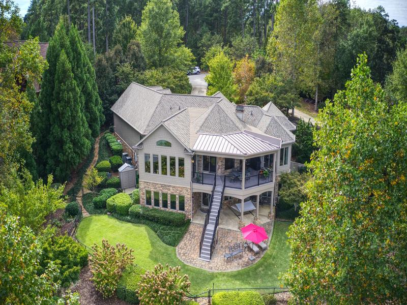 Quality craftsman waterfront living luxury real estate