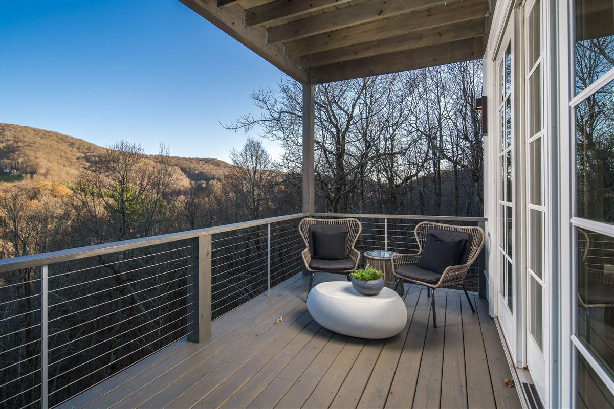Immaculate contemporary mountain estate luxury properties