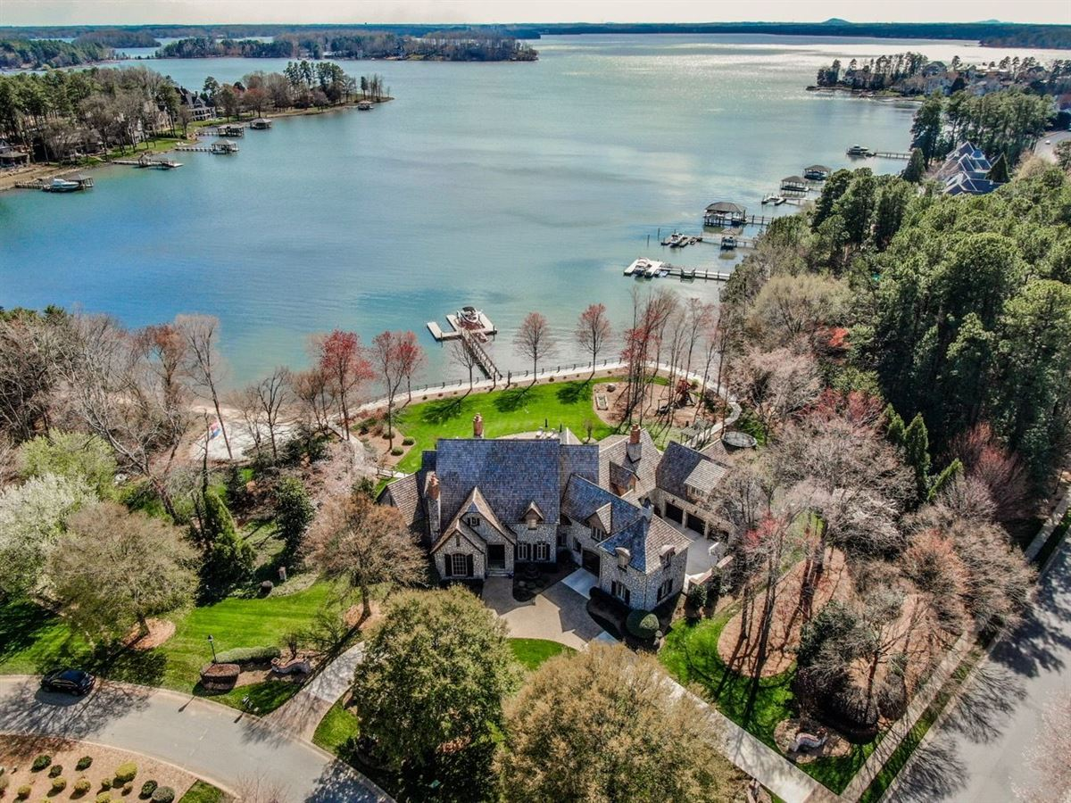 magnificent Lake Norman Waterfront Estate  luxury real estate