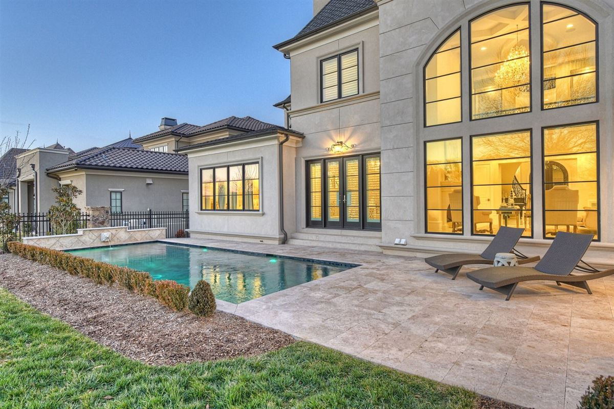 Luxury homes French-Inspired dream
