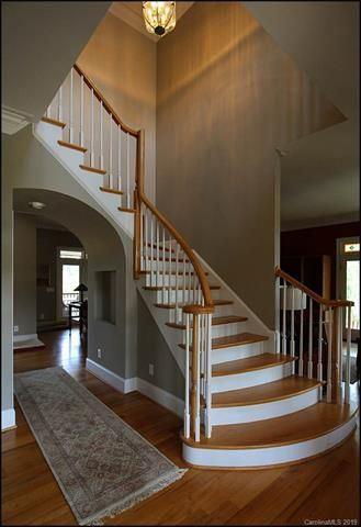amazing property on 71 Gorgeous acres luxury homes