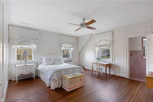 stunning Colonial Revival luxury properties