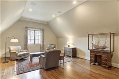 Mansions in Filled with antique elements, exceptional finishes, andcomfortable elegance