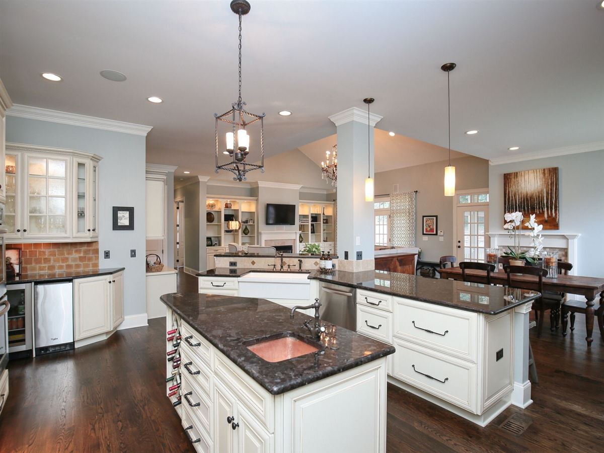 majestic custom home luxury properties