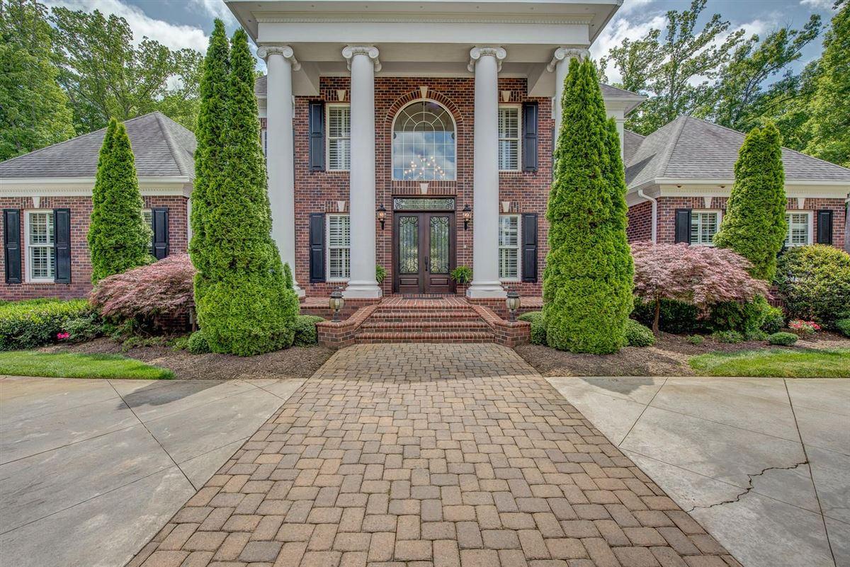 Cramer Mountain Estate luxury homes