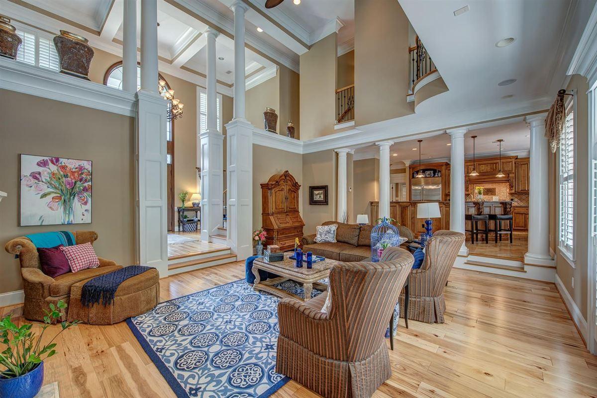 Mansions in Cramer Mountain Estate