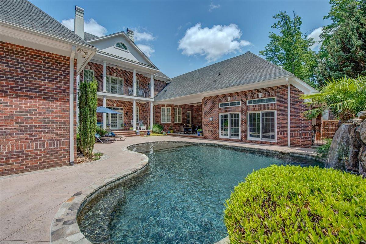 Cramer Mountain Estate luxury properties