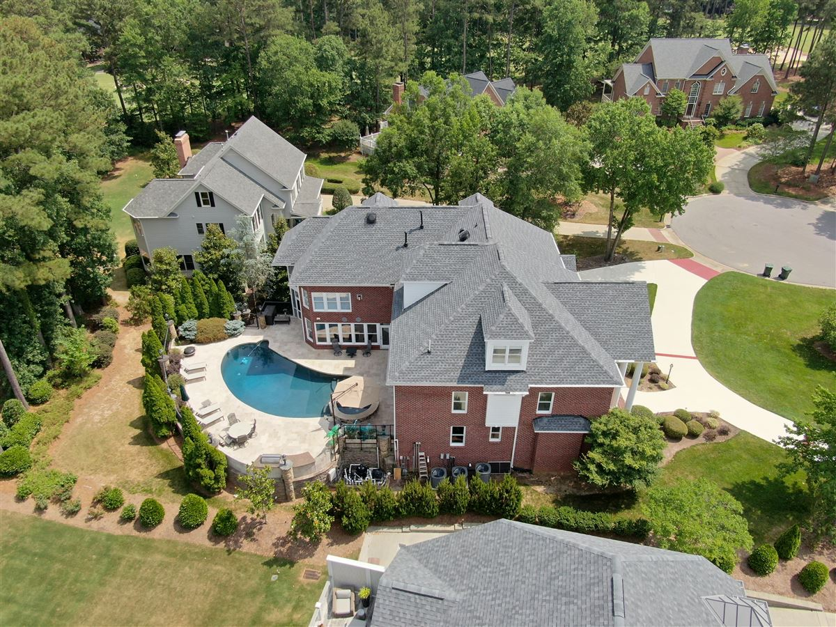 a Spectacular Executive Home mansions