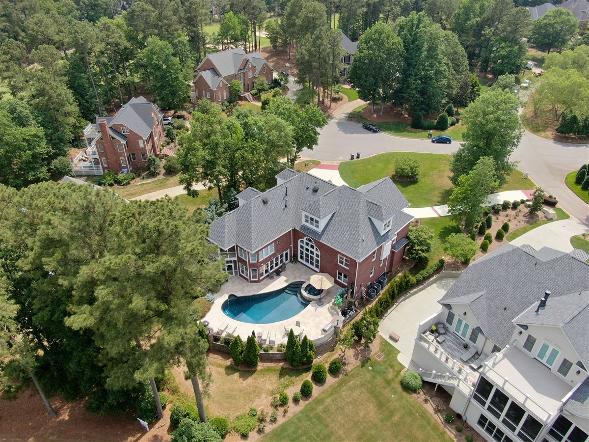 Luxury homes in a Spectacular Executive Home