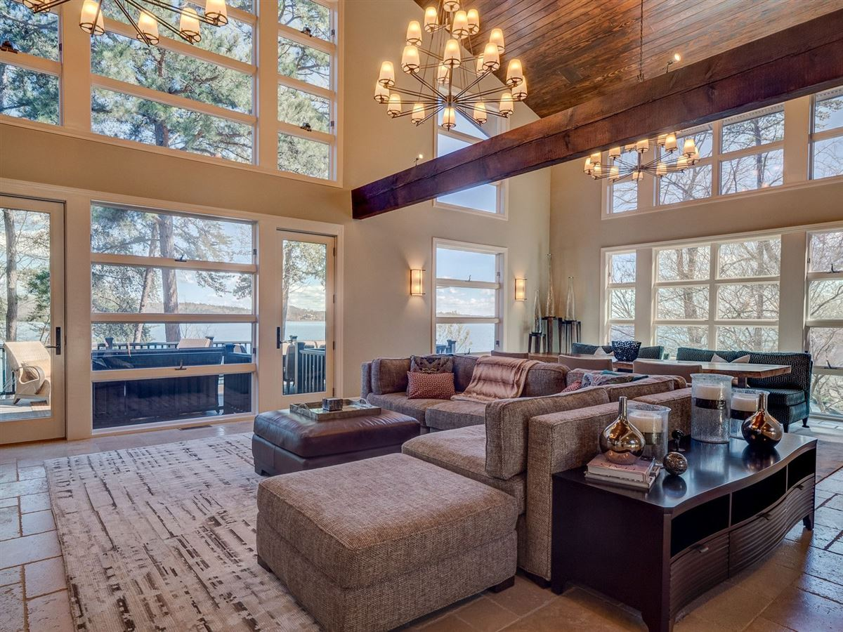 A Beauty on lake keowee luxury homes