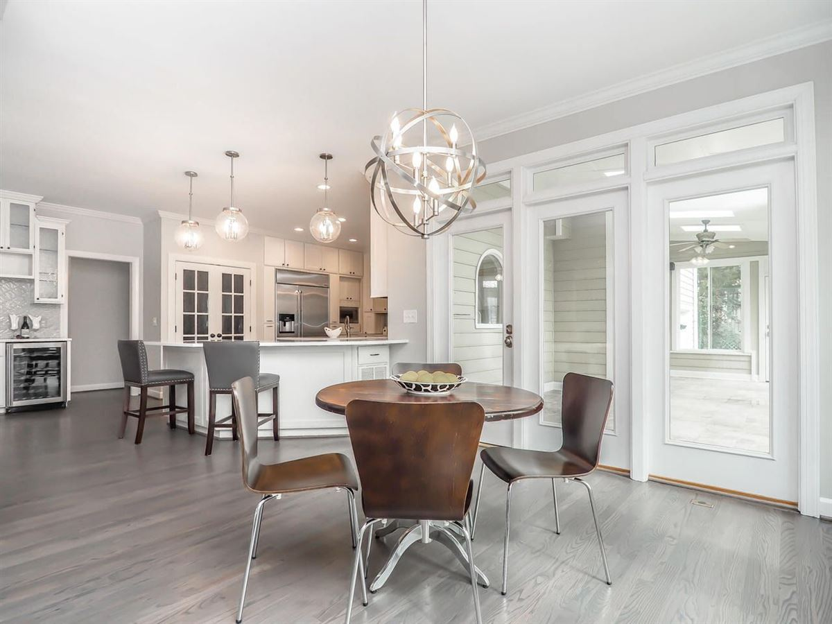 Stunning home offers a Gorgeous updated kitchen  mansions
