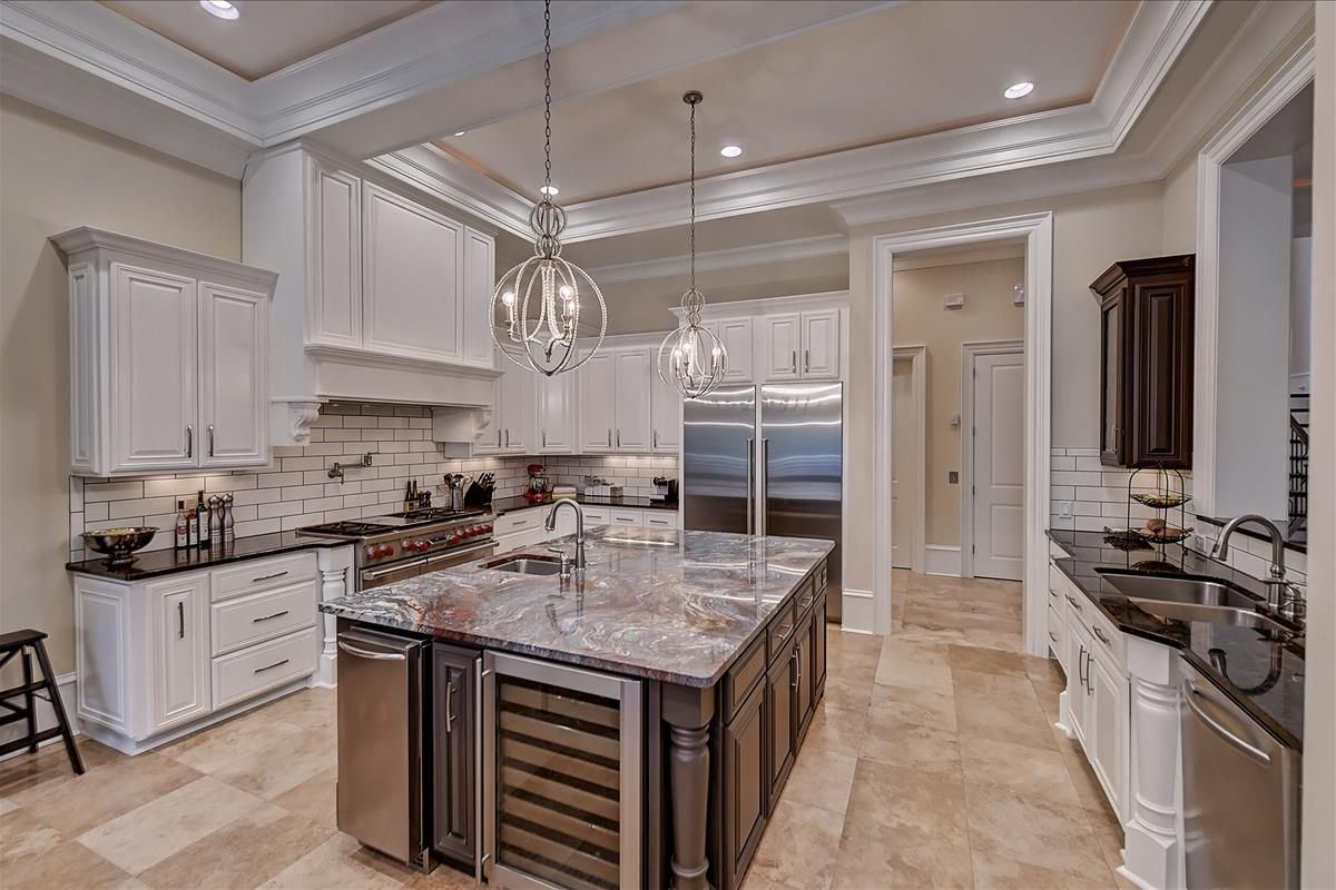 Mansions Luxury Entertaining Home in the Heart of South Park