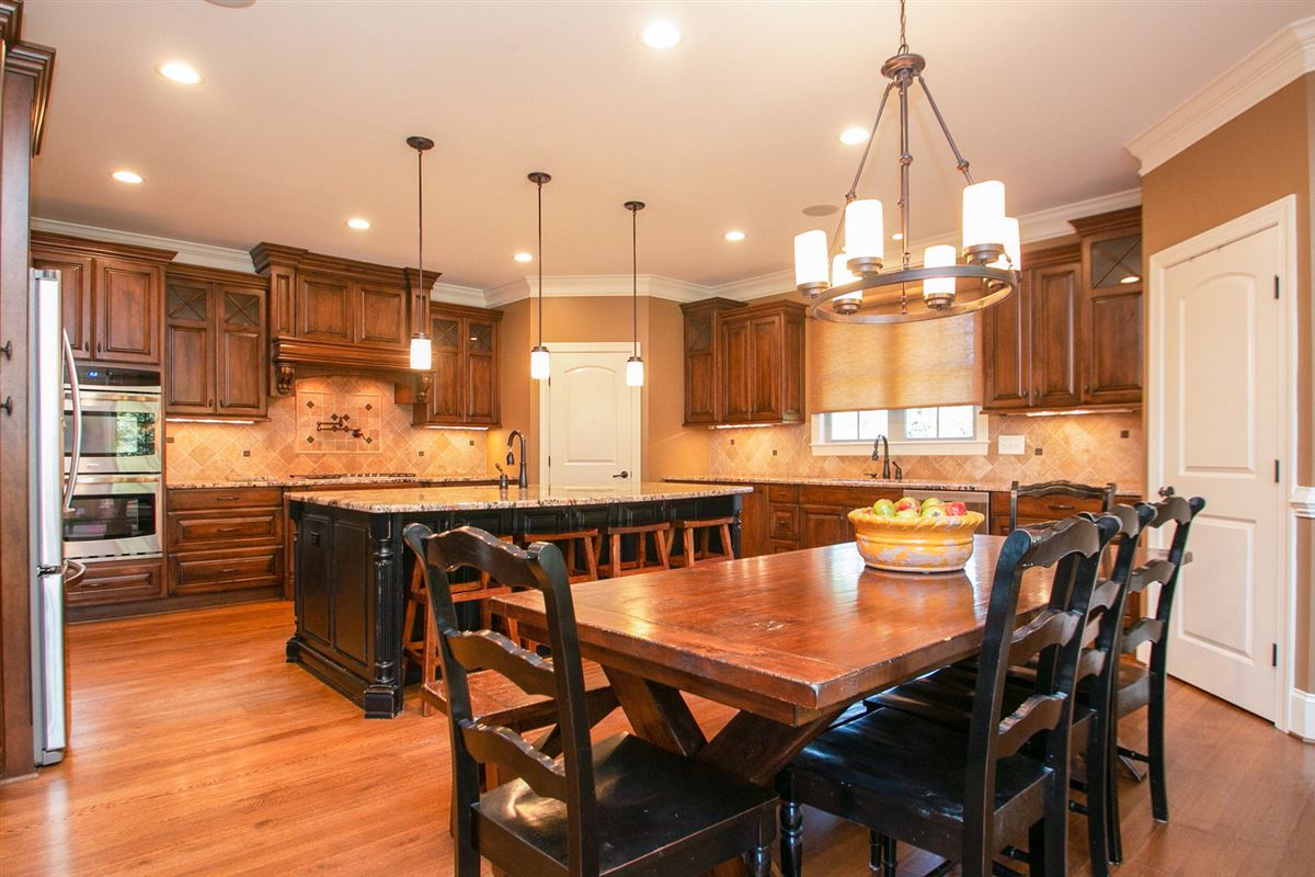 Luxury homes gorgeous and expansive custom home