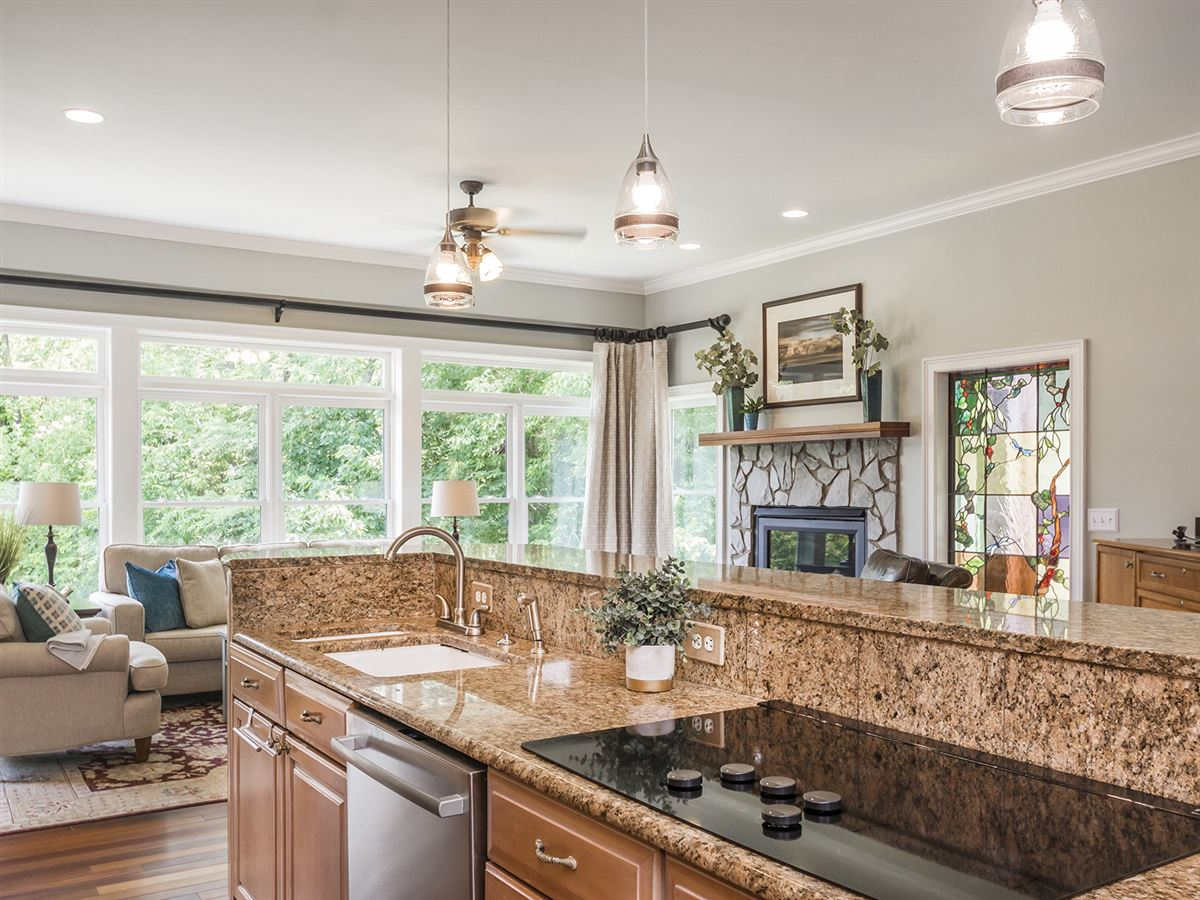 Luxury real estate beautiful home on 43 acres