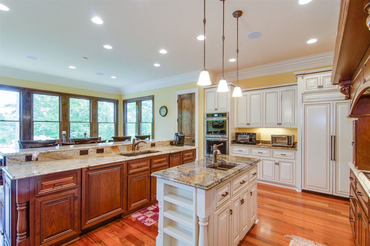 Exquisite custom built home on High Rock Lake luxury real estate