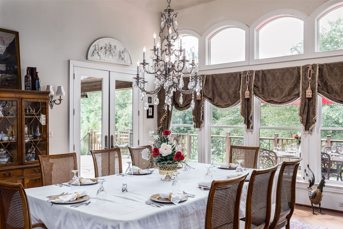 Mansions French Provincial Estate on eight Acres