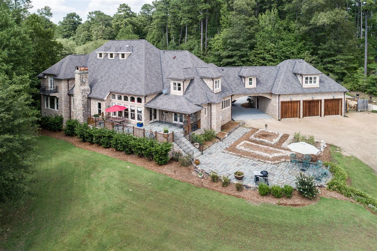 Luxury homes in French Provincial Estate on eight Acres