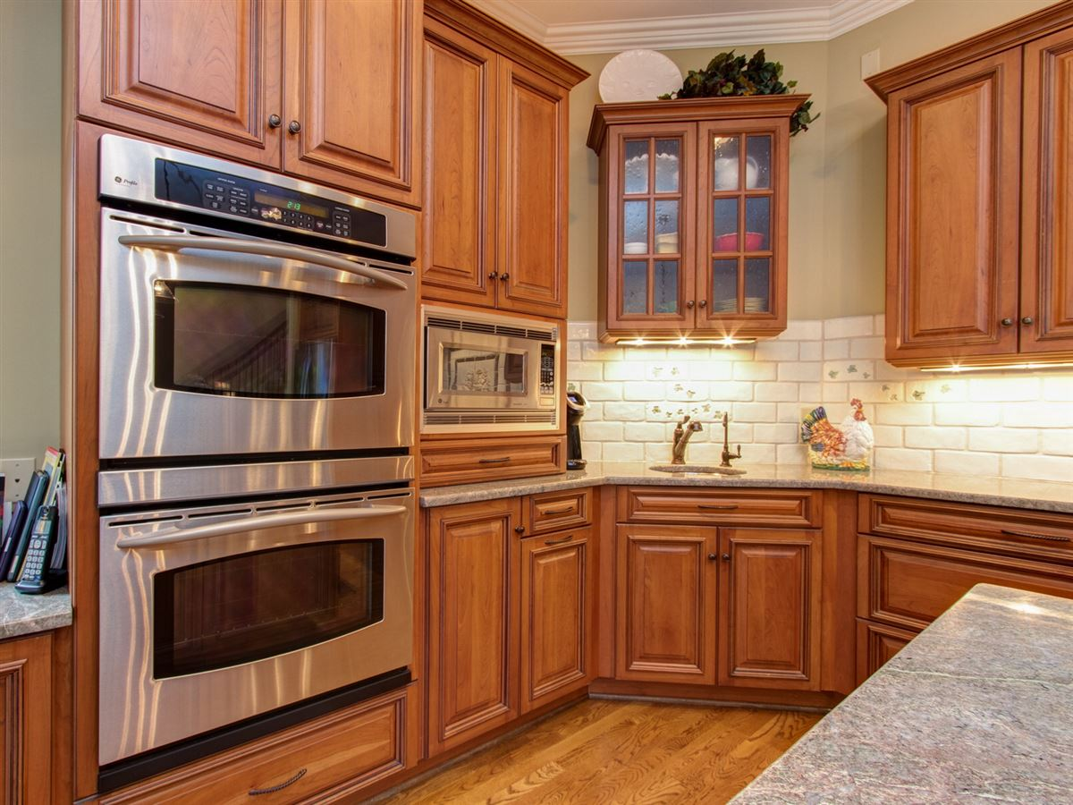 Luxury real estate Highly desirable Northern Shores Estates home
