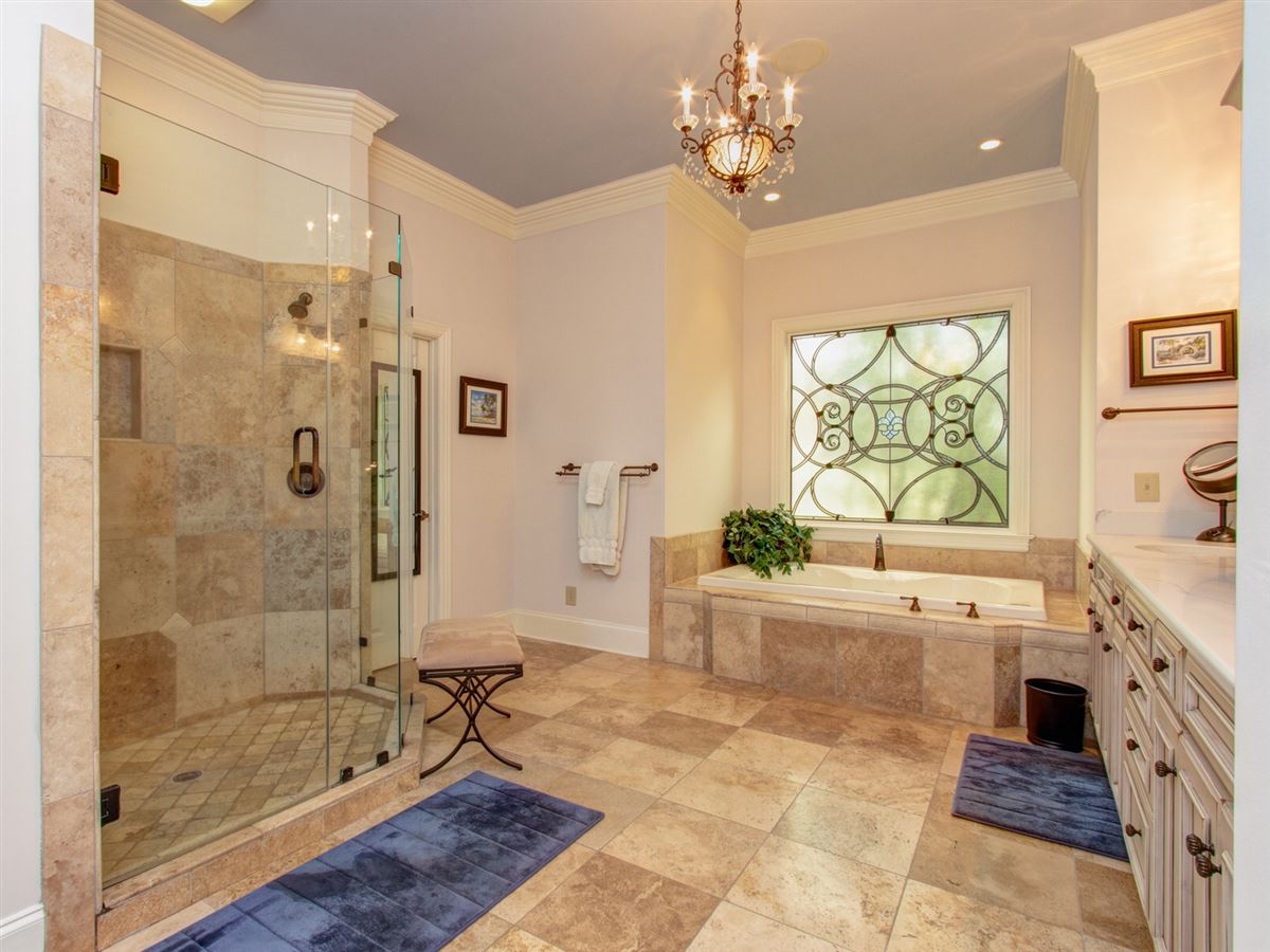 Mansions in Highly desirable Northern Shores Estates home