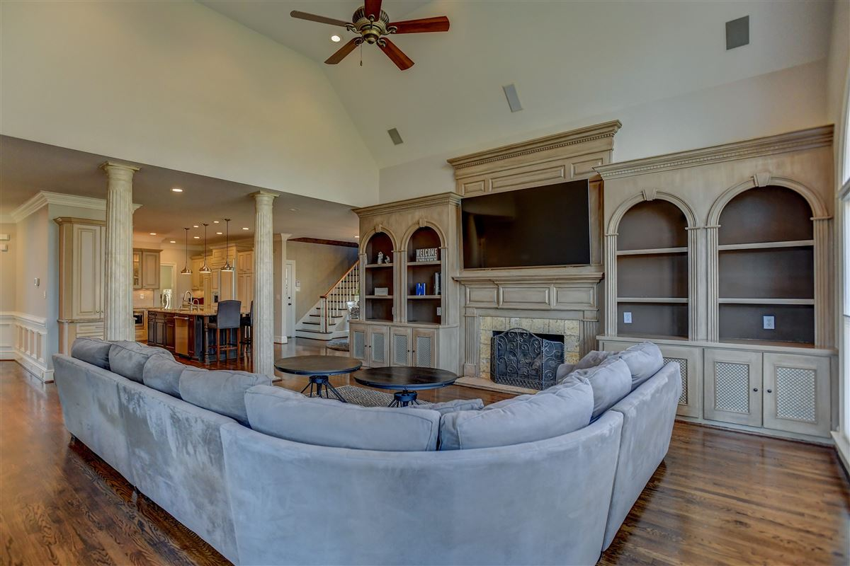 Luxury properties This showstopper offers Exquisite details and upgrades
