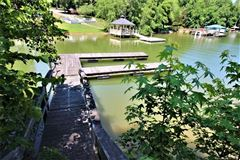 build your cottage on the shores of Lake Wylie luxury homes
