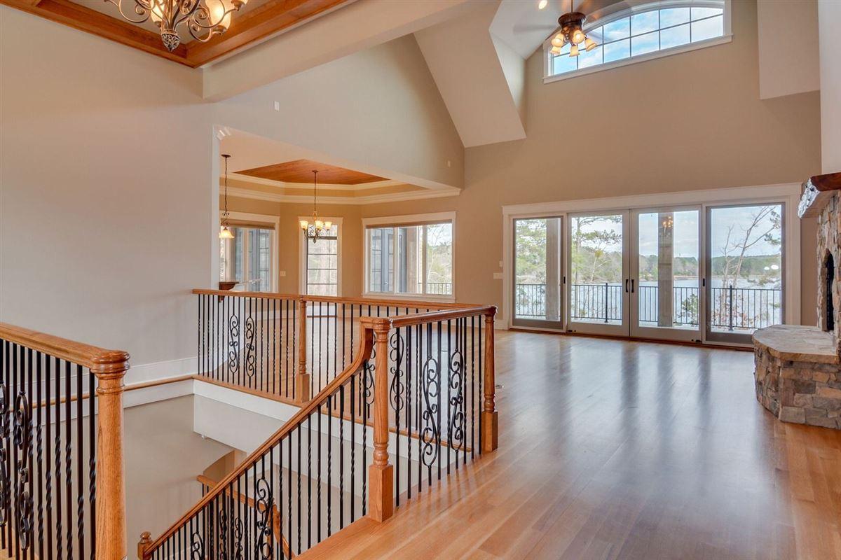 Luxury homes  luxury and comfort