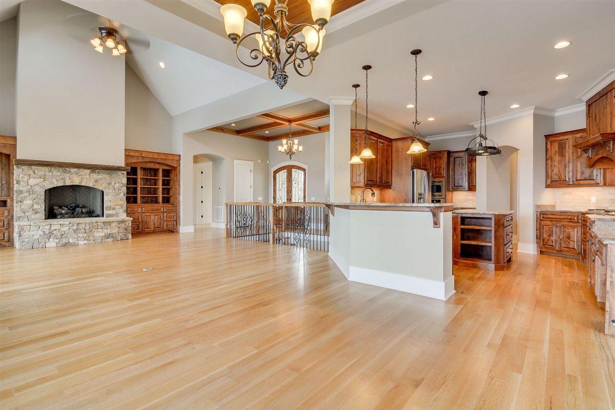 Luxury properties  luxury and comfort