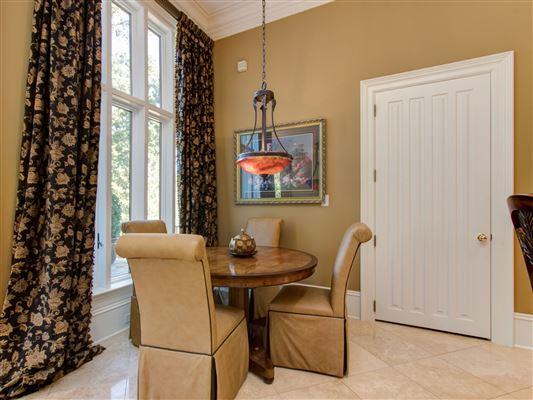 Luxury properties Custom estate on 22 acres
