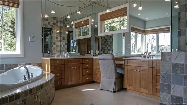 5-star lake norman property luxury properties