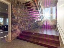 Luxury real estate 5-star lake norman property