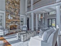 Luxury homes SOPHISTICATED HOME IN THE PENINSULA ON LAKE NORMAN