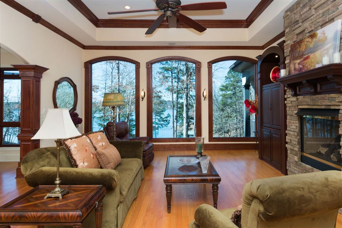 standout home on Lake Keowee luxury homes