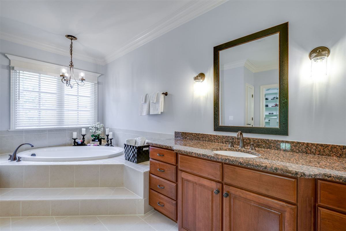 Luxury homes a Copperleaf beauty
