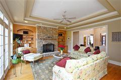 Luxury properties Elegant custom home located on the 7th fairway