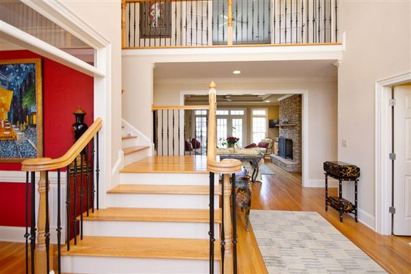 Elegant custom home located on the 7th fairway luxury real estate