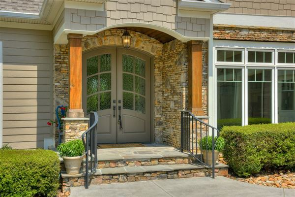 Luxury homes casual elegance with tranquil comfort