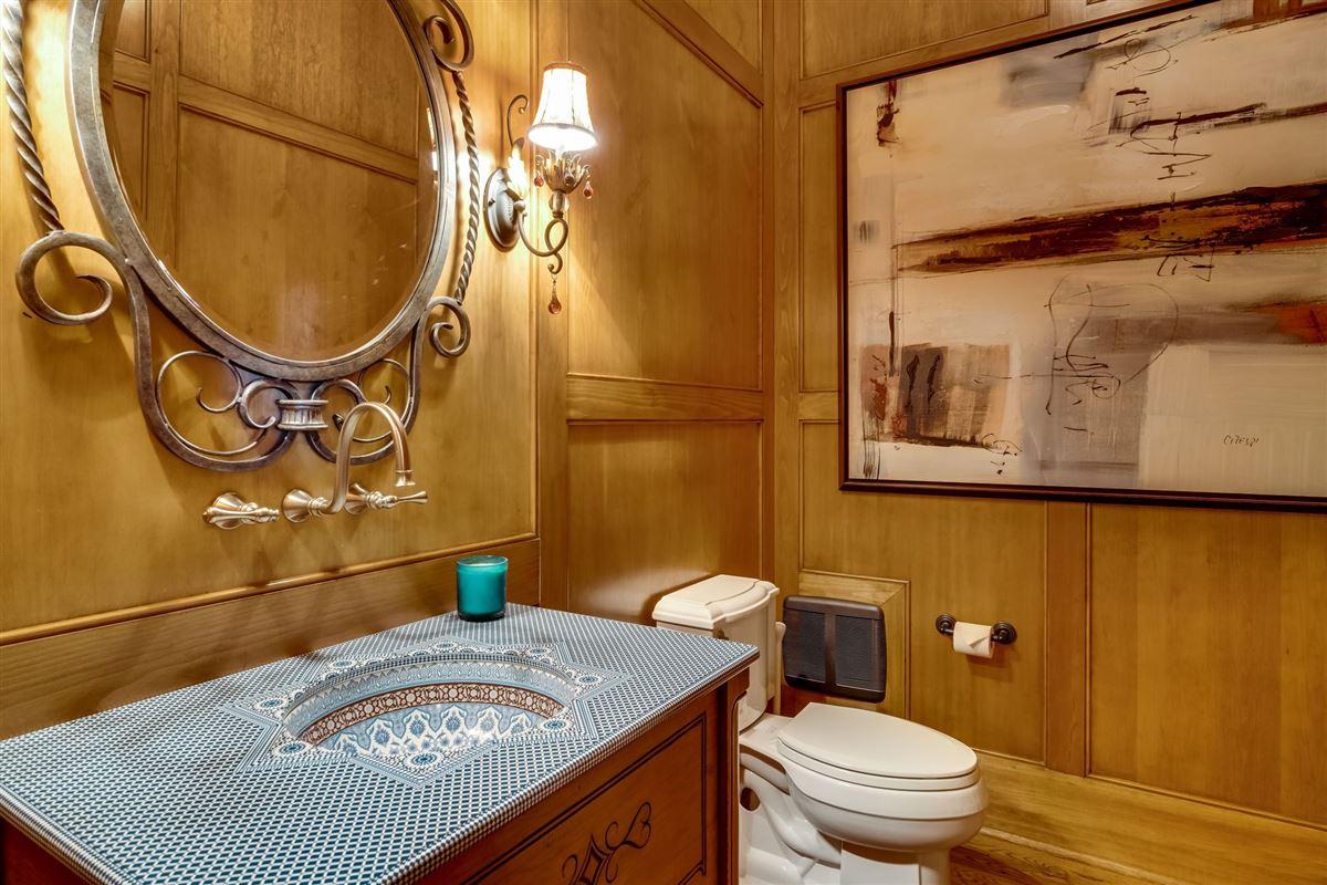 Grandeur and Charm on Lake Norman luxury homes