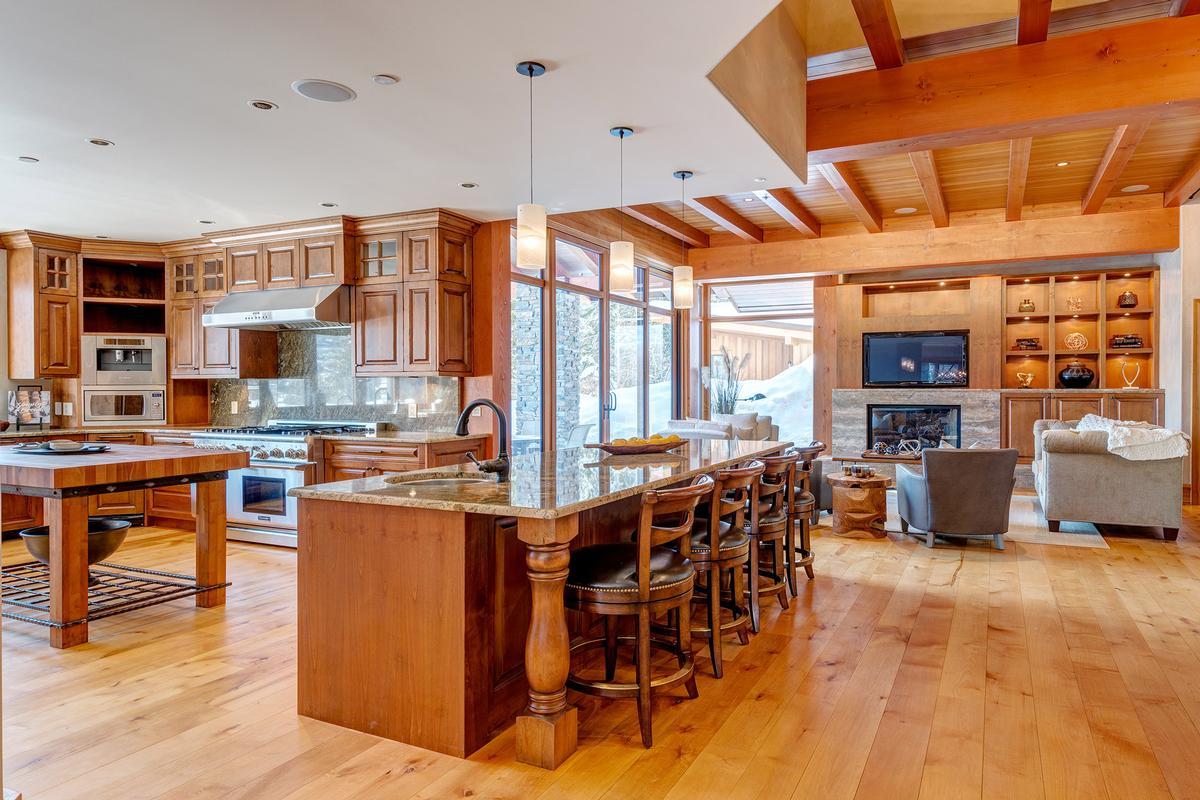 Luxury Private Estate luxury homes