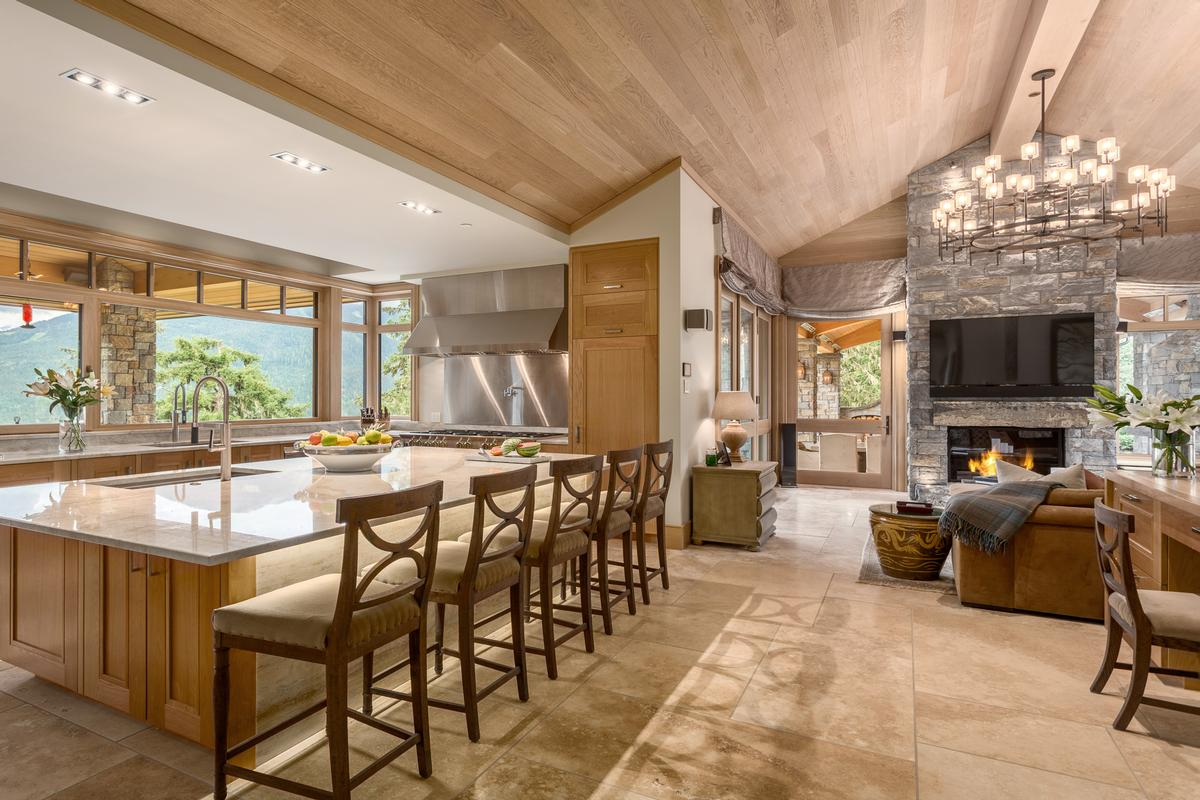 Mountain Oasis in Whistler luxury properties