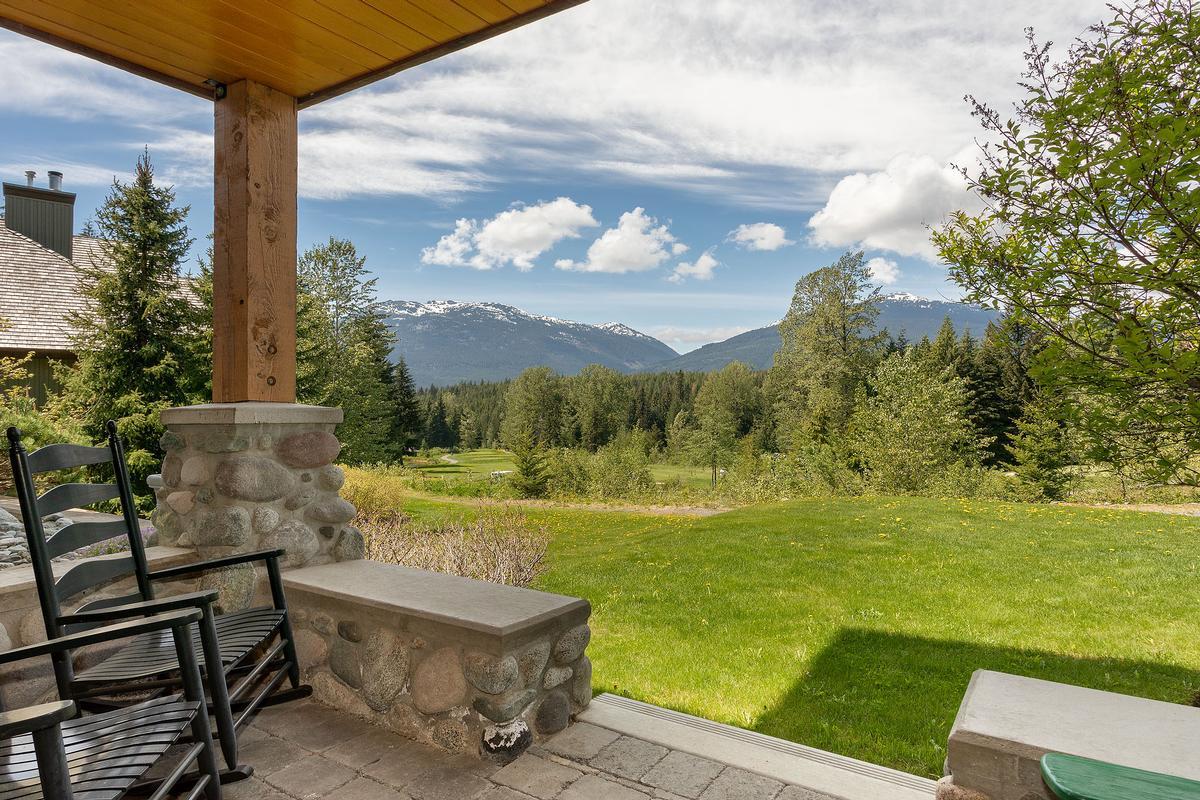 Golf-side Whistler Living luxury properties