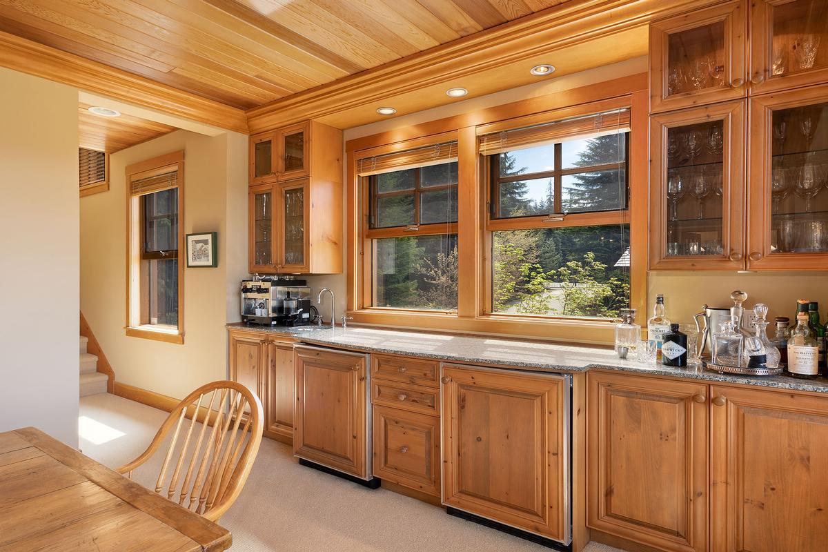 Golf-side Whistler Living luxury homes