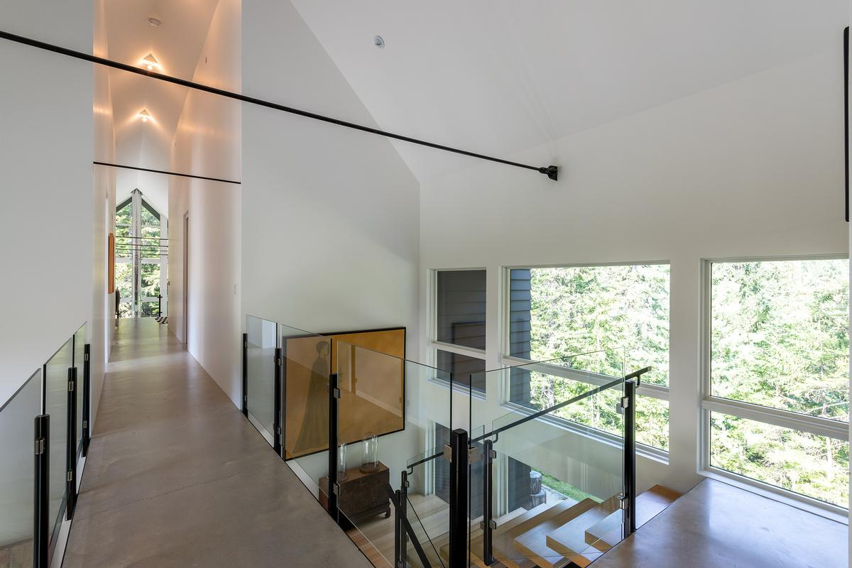 Luxury homes in 9008 Skiers Rest Lane