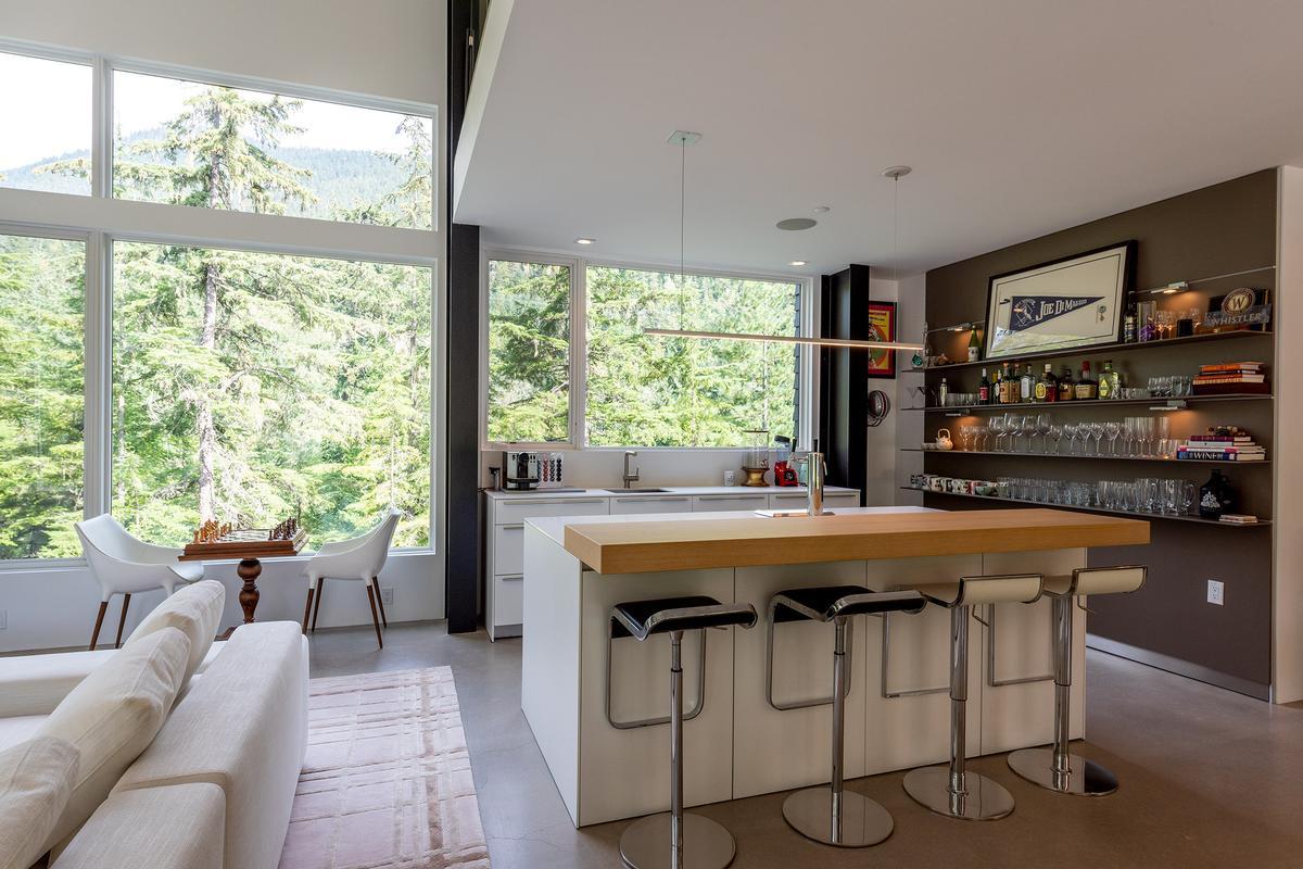 9008 Skiers Rest Lane luxury real estate