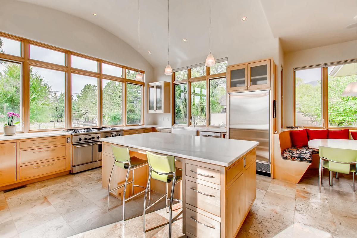 Luxury Northwest Boulder  luxury properties