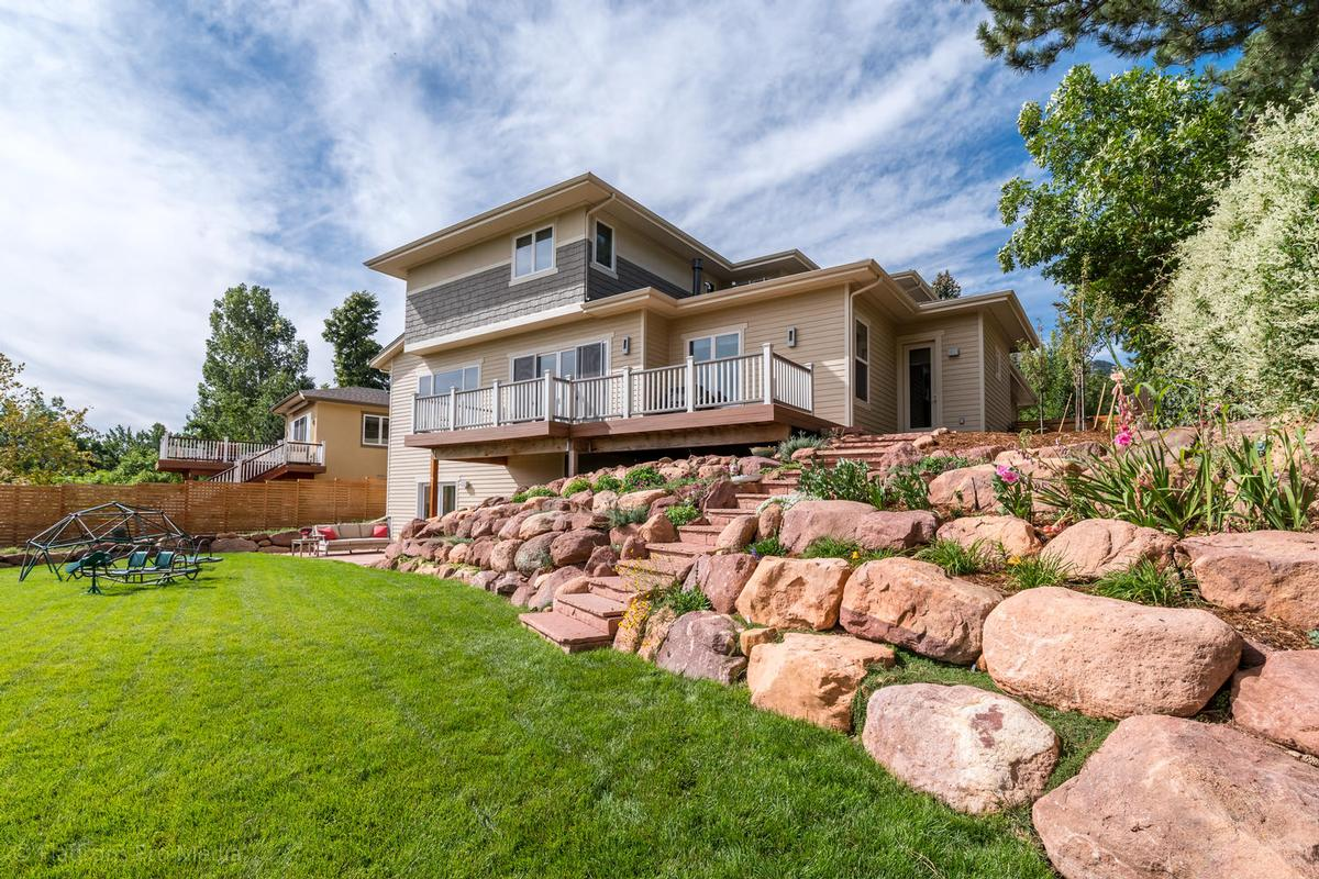 SOUTH BOULDER SOPHISTICATION luxury homes