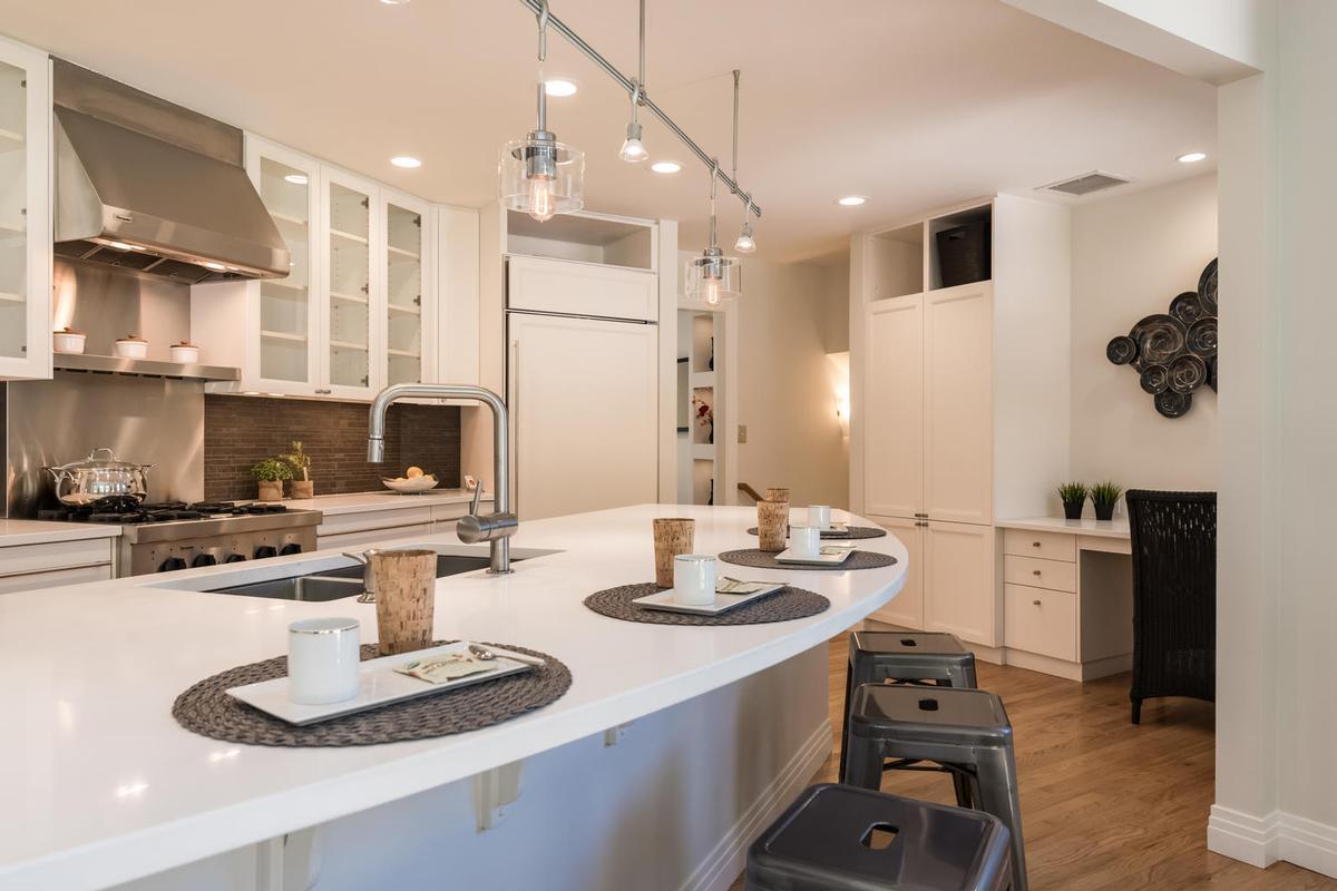 Luxury real estate Elegant Open Boulder Sanctuary