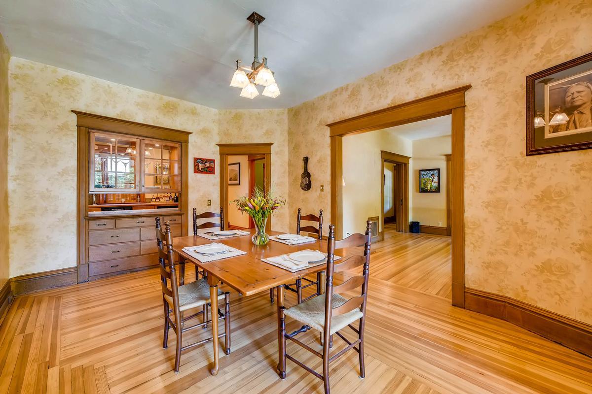 Mansions Charming Historic Craftsman Home